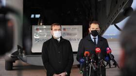 Министр здравоохранения Словакии вынужден уйти в отставку под давлением партнеров по коалиции, критикующих покупку Sputnik V
