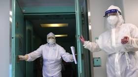 Прекратите политизировать пандемию Covid-19, говорят миру Путин из России и Си Китая, призывая вместо этого к сотрудничеству в борьбе с вирусом